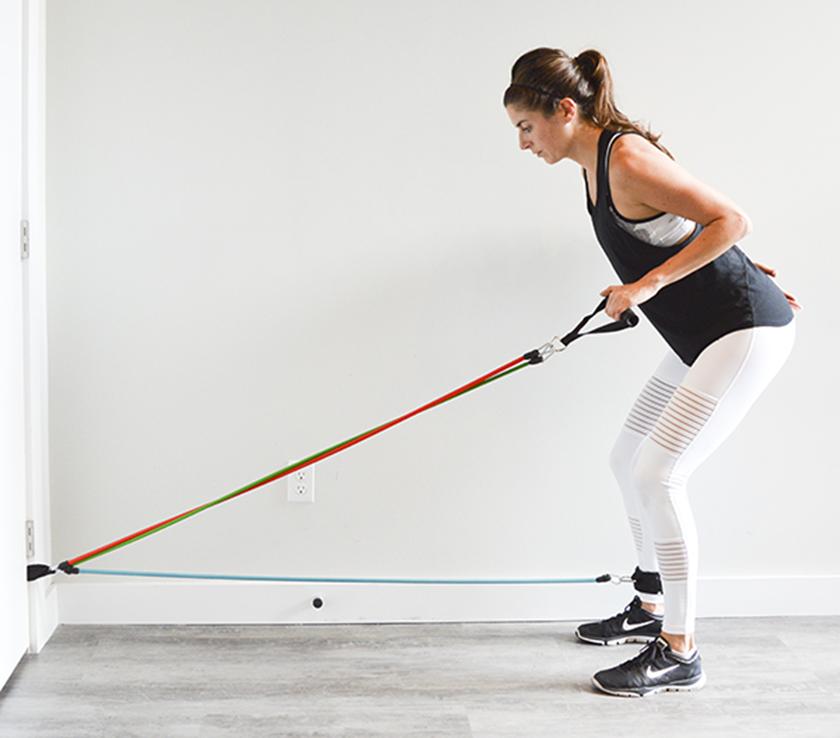 Bài tập với dây ngũ sắc dành cho chân, mông