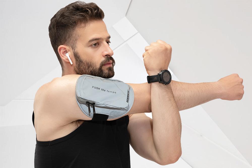 Túi đeo điện thoại chạy bộ Armband GoodFit GF210RA