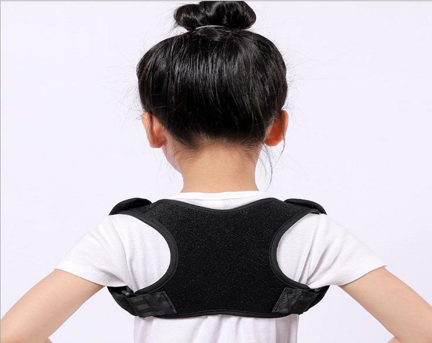 Cách để bảo vệ cột sống tránh tình trạng lưng tôm cho trẻ em