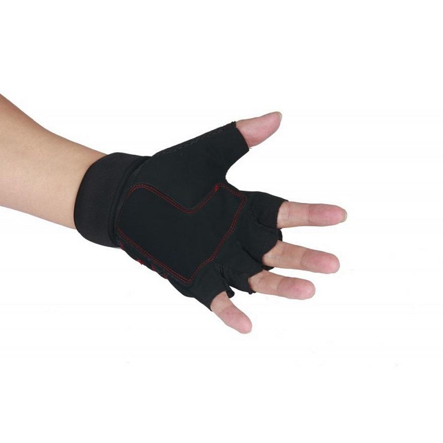 Sport gloves vice