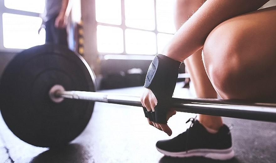 Vệ sinh găng tay tập gym