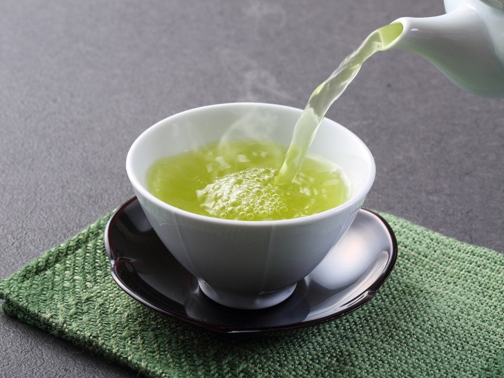 Đồ uống hàng ngày: Uống nước chè xanh có giảm cân không?