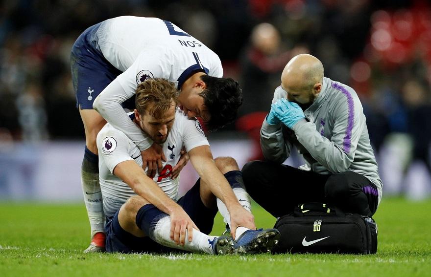 chấn thương chân khi đá bóng