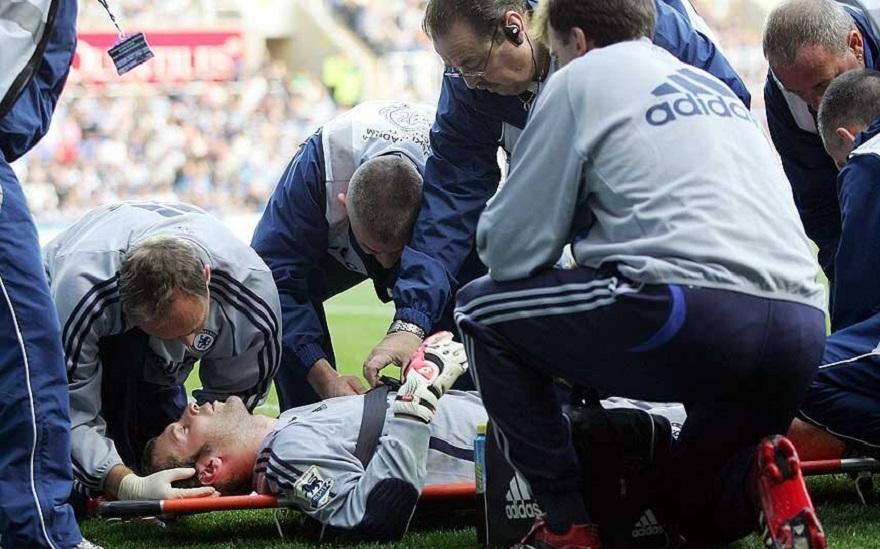 Chấn thương kinh hoàng bóng đá