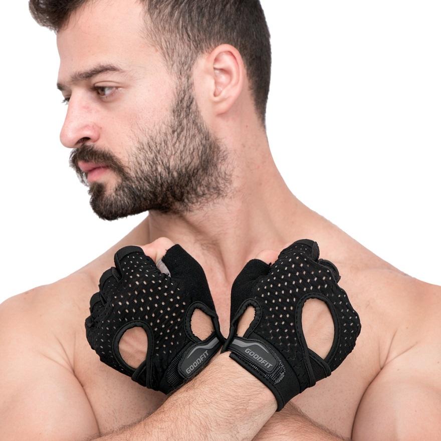 Găng tay tập tạ