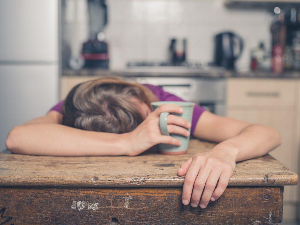 Giải đáp: Ăn xong nên làm gì để bụng không to?
