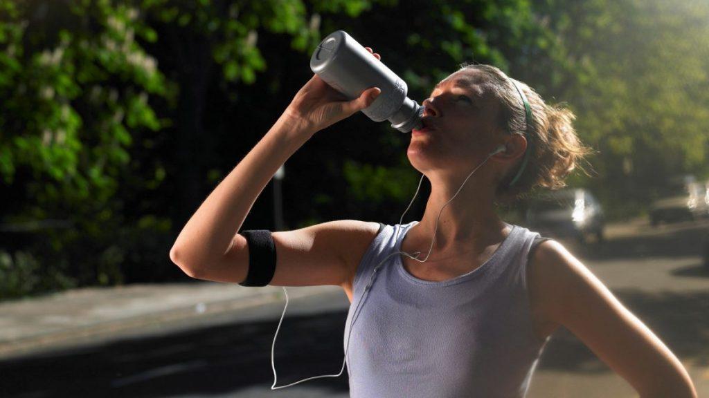 Các gymer cần làm gì khi uống whey nổi mụn