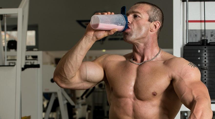 Uống whey trước khi tập