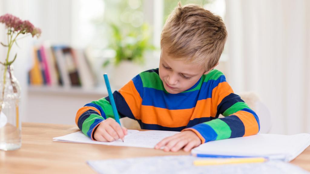 Cách chữa bệnh gù lưng ở trẻ em 10 phút mỗi ngày