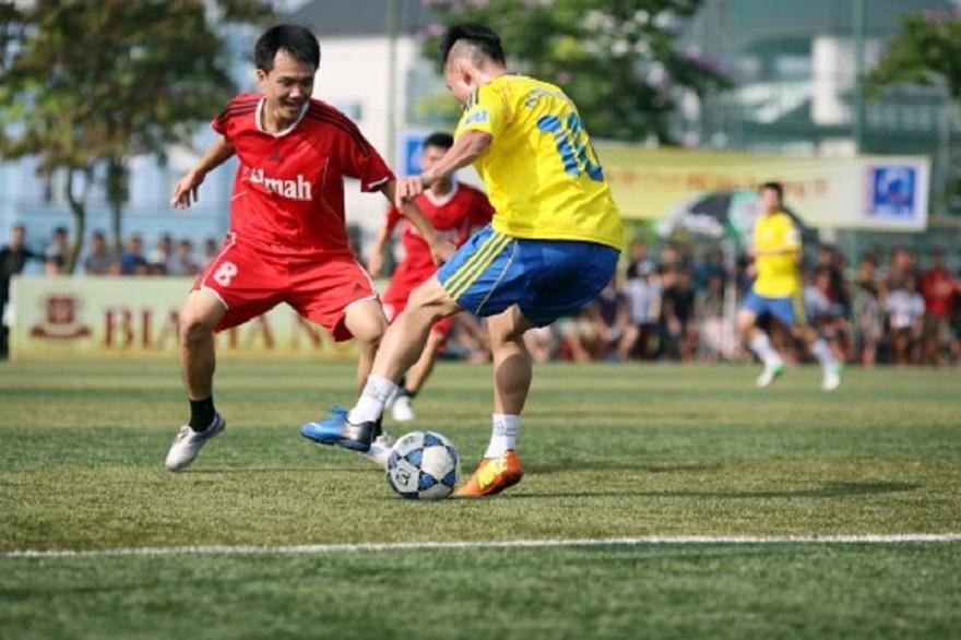 Bó gối thể thao bóng đá