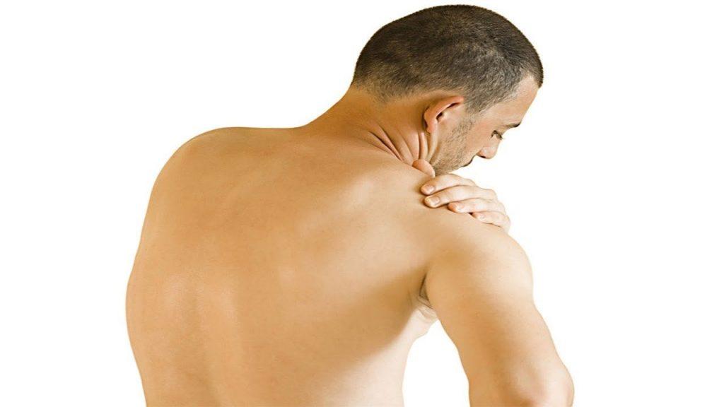 Có nên đeo đai chống gù lưng? Mặt lợi và hại của đai?