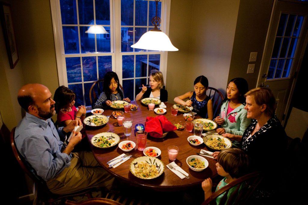Giảm cân nhờ nhịn ăn tối có phải là phương pháp khoa học