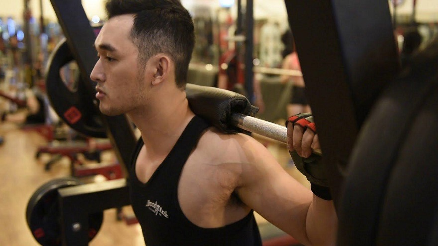 Găng tay tập gym nam Hà Nội