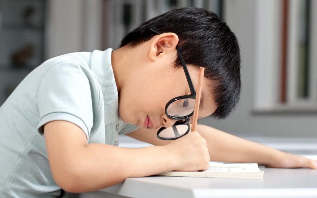 3 gợi ý chọn đai chống gù lưng trẻ em phù hợp