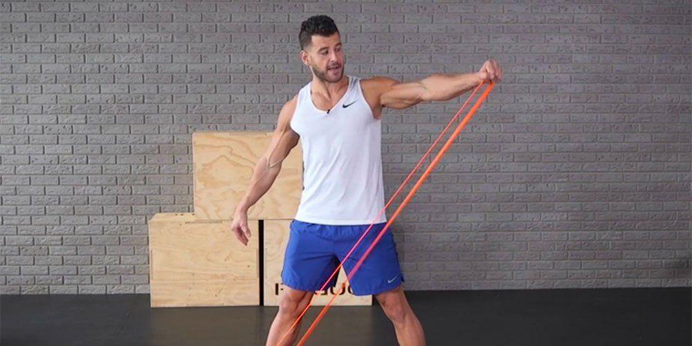 Tập cơ tay bằng dây kháng lực
