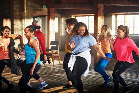 Hãy thử bài tập Cardio Dance nhanh chóng tác động thấp này