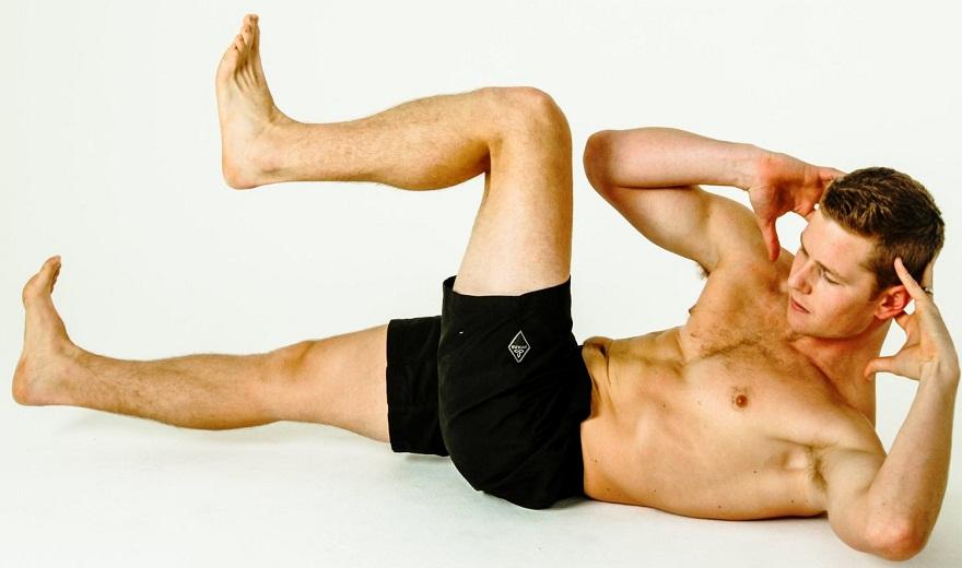Lý do bạn Không thể thực hiện động tác gập bụng xe đạp?