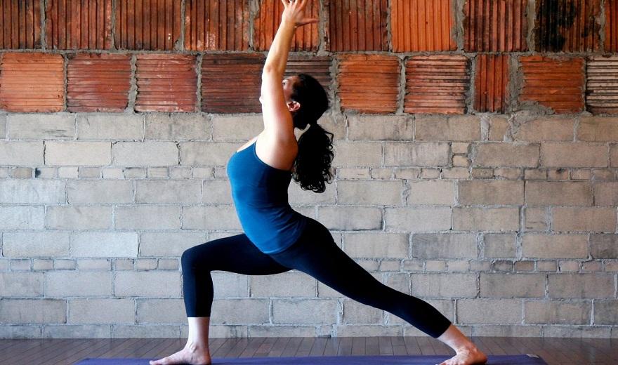 Yoga sau khi sinh: Đầu hàng để chuyển đổi