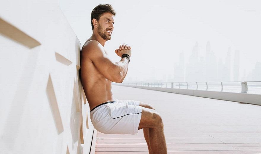 Tập Wall sit trong bao lâu để tăng cường sức mạnh cho chân?