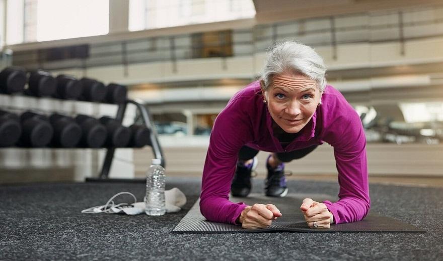 Huấn luyện sức mạnh cho phụ nữ trên 50 tuổi - Những điều chính cần biết
