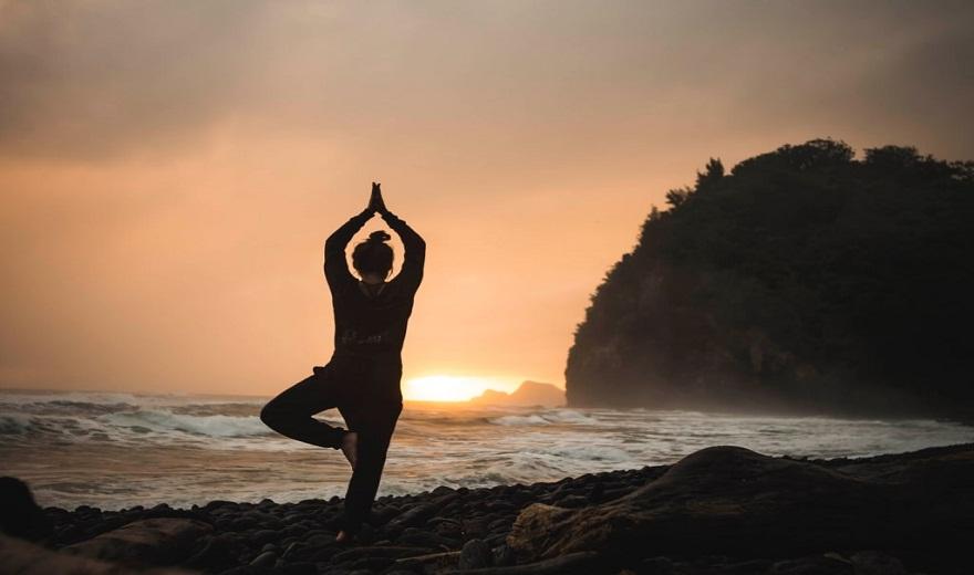 Prana: Liên kết của Yoga với vũ trụ