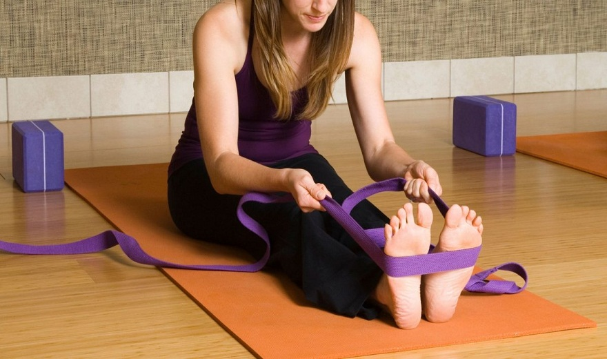 Cách sử dụng dây đeo Yoga ở các kiểu tư thế khác nhau