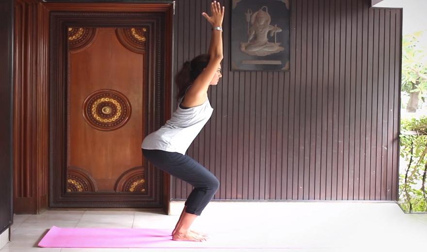 Liệu pháp yoga ảnh hưởng tốt đến bệnh viêm khớp dạng thấp