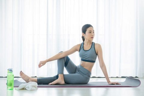 yoga giup giam dau lung