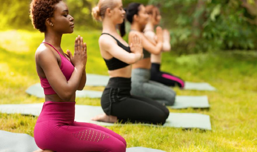 Năng lượng của hơi thở khỏe mạnh: Thở Yogic, Tư thế và Rối loạn chức năng Cơ hoành